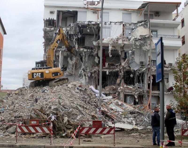 Zemljotres u Albaniji uništio 5.497 domova, evakuisano 3.135 ljudi