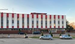 Zgrada Ambasade Srbije u Rusiji dobila crveno-belu fasadu