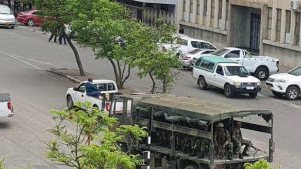 Zimbabve, vojska izaziva Mugabea