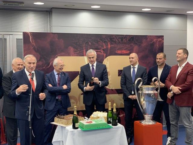 Zvezda proslavila Bari: Kao što kaže Murinjo  finale se dobija
