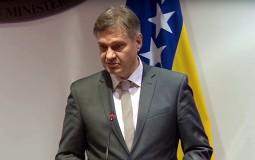 Zvizdić odgovorio Makronu: BiH nije nikome pretnja