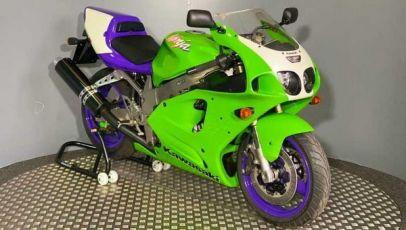 24 godine star Kawasaki za 45.000 evra