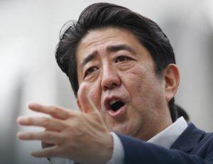 ANALIZA FRANS PRESA Abe - nacionalista kod kuće, diplomata u inostranstvu