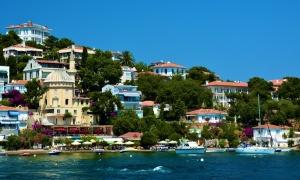Apartmani u Grčkoj najtraženiji, HIT OVOG leta gratis smeštaj za dvoje dece u Turskoj