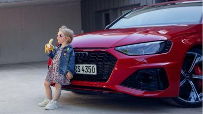 Audi se izvinio zbog provokativne reklame sa devojčicom