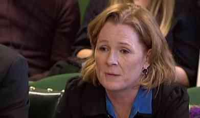 BALKANCI SE REDOVNO BODU NOŽEVIMA, TAMO SAM SE NAVIKLA NA KRV: Šokantna izjava britanske novinarke kada su joj mladića izboli ispred kuće! (VIDEO)