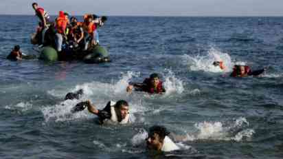 Brodolom migranata u Libiji, nestalo više od 100 ljudi