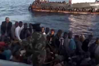 ČUDOVIŠTA MEDITERANA! KAMERE SNIMILE KAKO MUČKI BIJU MIGRANTE: Otkriveno ko stoji iza krijumčarenja ljudi u Libiji, a sve ih plaća EU! (VIDEO)