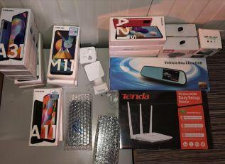 Carinici zaplijenili 16 novih mobilnih telefona vrijednih pola miliona dinara