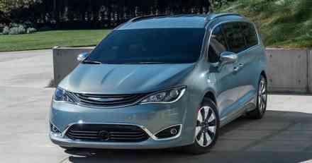 Chrysler priprema crossover na bazi Pacifice