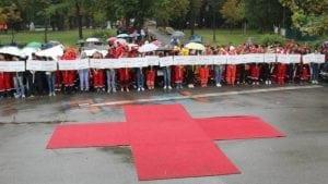 Crveni krst uputio pomoć stanovništvu koje je pogođeno poplavama
