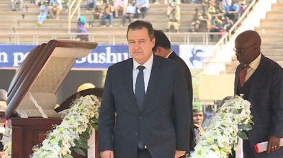 Dačić prisustvovao ceremoniji državne sahrane Roberta Mugabea