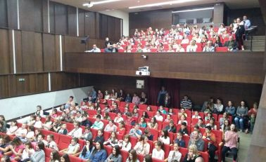 """Deca otvorila Pozorište """"Bora Stanković"""""""