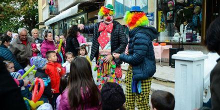 """Dečiji butik """"Smiley Club"""" obeležio tri godine rada, rođendansku žurku uveličali mališani i klovnovi [FOTO]"""