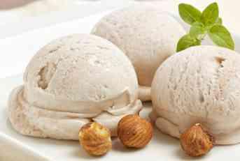 Domaći sladoled od lešnika i meda