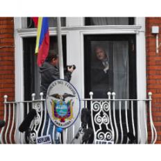 Ekvador ukida azil Asanžu?