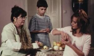 Evo kako danas izgleda dečak iz čuvenog filma Tri palme za dve bitange i ribicu! (FOTO+VIDEO)