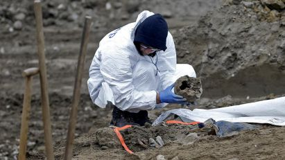 Exhumations of Serb grave sites start in Croatia