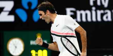 Federer preko Sepija do finala Roterdama i Dimitrova