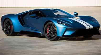 Ford GT na aukciji prodat za 2,5 miliona dolara