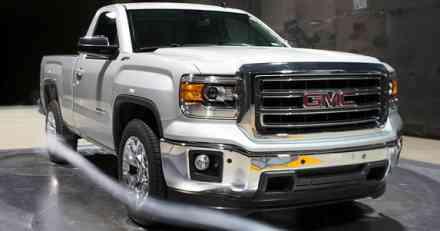General Motors opoziva više od milion automobila
