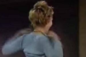 Glumica otkrila zbog čega je podigla majicu i pokazala grudi