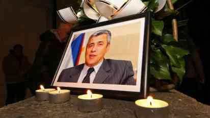Građani odaju poštu Ivanoviću