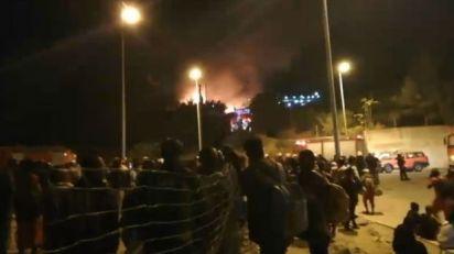 Haos u migrantskom kampu na Samosu, sukobi i požar