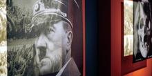 Hitlerov imenik prodat za 33.000 funti