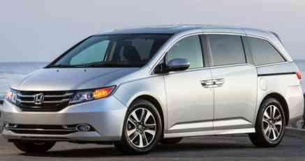 Honda opoziva 900.000 primeraka modela Odyssey