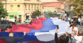 I Jagodinci obeležili praznik: Razvili zastavu dugu 103 metra - najdužu ikada sašivenu?
