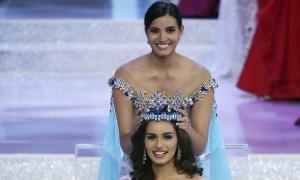 Indijka Manuši Čhilar (20) pobednica je izbora za Mis sveta 2017. godine.