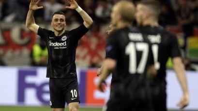 JOŠ JEDNO ČUDO SRPSKOG AJTRAHTA: Filip Kostić i drugovi savladali Benfiku i prošli u polufinale Lige Evrope!