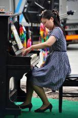 Japanska pijanistkinja koja svira samo levom rukom nastupa u Beogradu