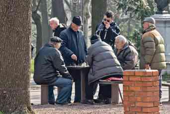 KATASTROFA U BIH: Zavod PIO ostao bez novca, isplata penzija pod znakom pitanja!