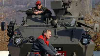 Kako Srbi i Albanci dočekuju godišnjicu jednostranog proglašenja nezavisnosti KiM