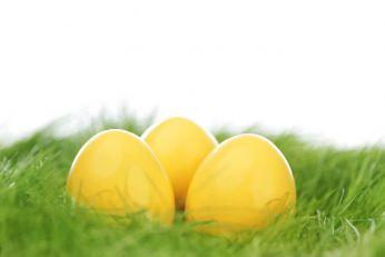 Kako kurkuma može da posluži za farbanje jaja u žuto