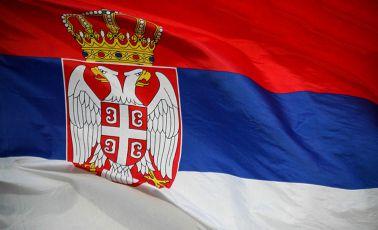 Kosovska Mitrovica: Pocepana zastava Srbije