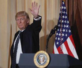 Kuva se u Vašingtonu: Demokrate traže opoziv Donalda Trampa