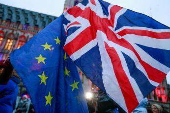 LONDON PLANIRA DA IZMENI DELOVE BREGZITA? Irska strahuje da ih čeka novi protokol o granici