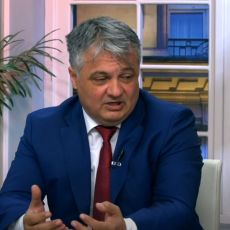 LUČIĆ ODBRANIO DRŽAVU OD NEISTINA SBB: Generalni direktor Telekoma odbrusio Šolakovom čoveku
