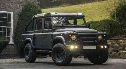 Land Rover Defender 2.2 TDCI XS 110 Double Cab Pick Up Chelsea Wide Track