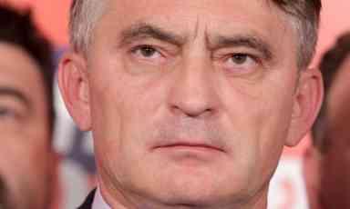 MAJKA SRPKINJA, OTAC HRVAT,  A SUPRUGA BOŠNJAKINJA U Komšićevom rodnom mestu brutalno iskreni: Hrvat samo prezimenom, nije dobar za nas!