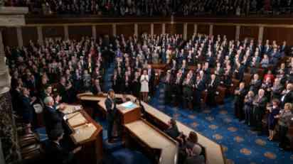 Makron u Kongresu: Živimo u vremenu besa i straha