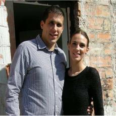 Mladi bračni par udario voz: Nikola i Sanja krenuli u vikendicu, pa poginuli (FOTO/VIDEO)