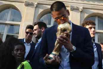 NAJLUĐA MUNDIJALSKA PRIČA: Osvojio titulu svetskog prvaka, a nikada nije zaigrao za Francusku!