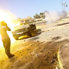 NAPADNUTO LIBIJSKO PREDSEDNIŠTVO: Grupa naoružanih ljudi izvršila upad u zgradu, zemlja tone u sve dublji ponor
