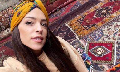 NE TREBAJU TI VILE DA BI BIO SREĆAN: Srpska glumica živela u kamperu na parkingu s dečkom – o njenoj poruci svi bruje!