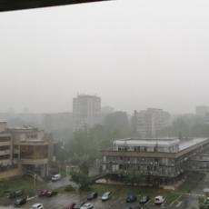 NI NOJEVA BARKA VAS NEĆE SPASITI! Opšti potop u glavnom gradu Srbije - apokaliptične scene (FOTO/VIDEO)