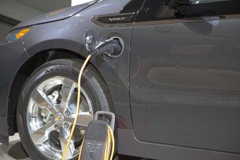 NIKADA ELEKTRIČNI AUTOMOBILI: Maserati se kune u benzince, evo zašto ne žele da pređu na struju